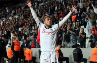 Beşiktaş şampiyonluk iddiasını sürdürüyor
