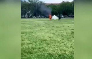 Beyaz Saray önünde kendini ateşe verdi!