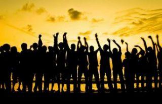 Demokrasi karşıtı bu küresel ayaklanmanın sebebi...