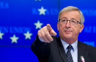 Juncker'den sağ siyasete sert eleştiri