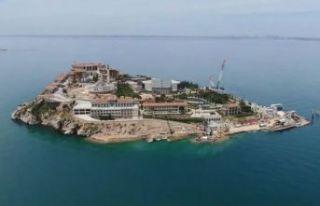 Yassıada'yı 'beton ada'ya o AK Partili...