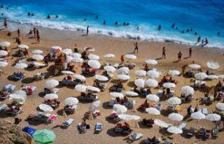 Antalya'ya Letonyalı turist akını!