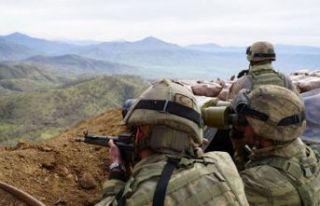 Azez'de TSK üssüne saldırı: 1 şehit, 5 yaralı