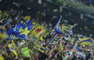 Fenerbahçe'de yeni sezon kombine fiyatları...