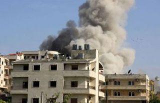 İdlib yoğun hava saldırıları altında: 6 ölü