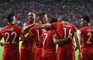 Milliler Fransa'yı 2 golle yıktı