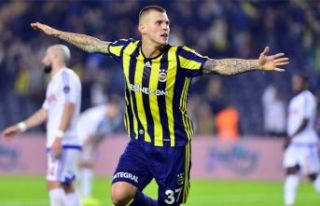 Newcastle United, Skrtel'in peşinde