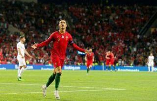 Ronaldo, Portekiz'i finale taşıdı