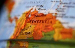 Venezuela günden güne eriyor