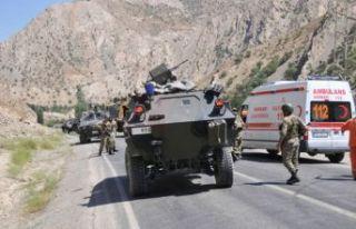 Askeri araca saldırı: 2 şehit