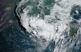 Barry Kasırgası Louisiana'yı vurdu
