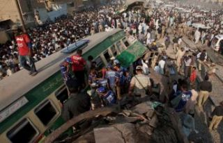 Korkunç kaza! İki tren çarpıştı