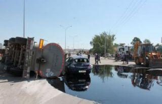 Zift tankerinin freni patladı: Yaralılar var