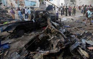 Askerî üsse bombalı araçla saldırı: 7 ölü