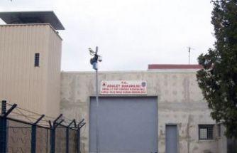 Öcalan'dan açlık grevini bırakın çağrısı!