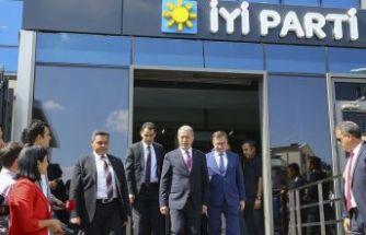 Akar'dan parti liderlerine 'S-400' ziyareti