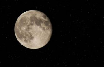 Ay'da su arama görevi ertelendi
