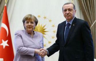 Cumhurbaşkanı Erdoğan ile Merkel telefonda görüştü