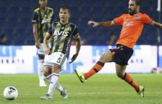Fenerbahçe, Başakşehir'i uzatmada yıktı