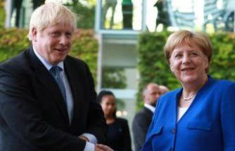İlk yurt dışı ziyareti Merkel'e!