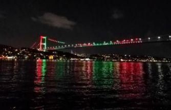 Köprüler Afganistan renklerine büründü!