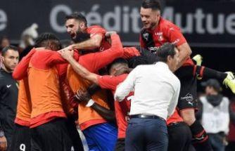 PSG, Rennes'e boyun eğdi: 2-1