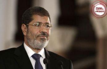 Mursi: Demokrasi umudu veren lider
