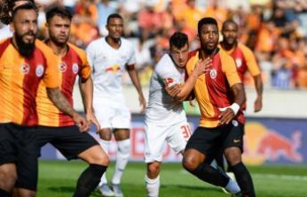 3 dakikada 3 gol... Galatasaray, Leipzig'e yenildi