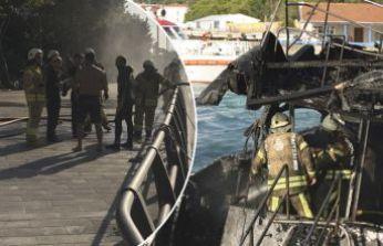 Boğaz'da tekne yangını