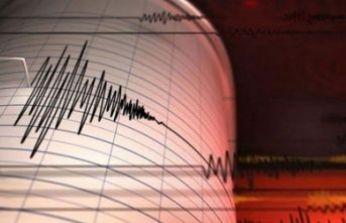 Endonezya'da deprem paniği!