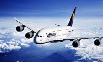 Alman şirketi de Kahire'ye uçuşları askıya aldı!