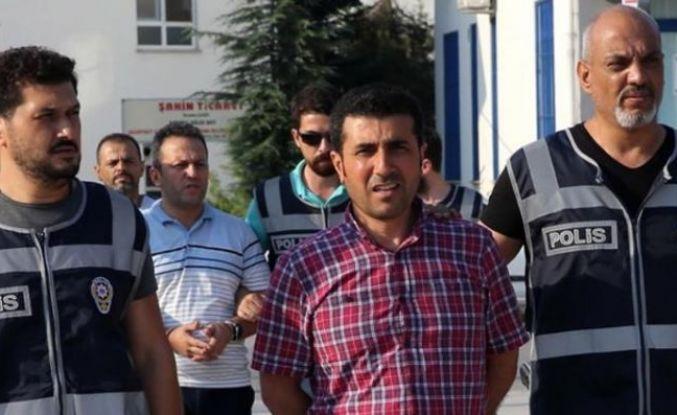 Eski savcıya FETÖ'den 11 ay 3 ay hapis