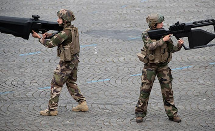 Fransız ordusundan bilim kurgu atağı!