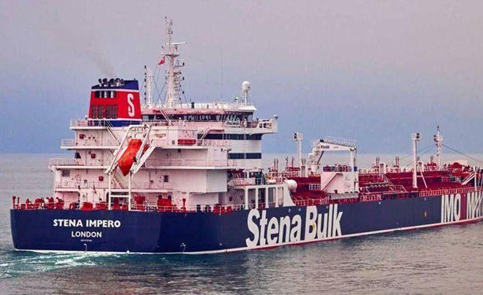 İran, tankere müdahale görüntülerini paylaştı