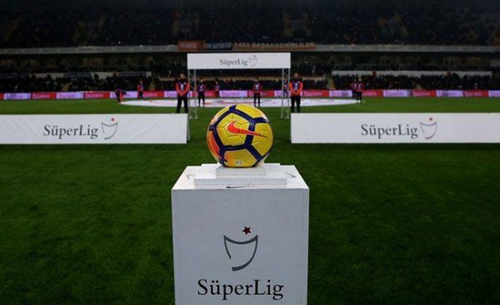 Kriz çözülemedi: Süper Lig ertelenebilir!