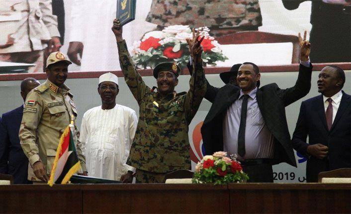Sudan'da yeni konseyin üyeleri belli oldu