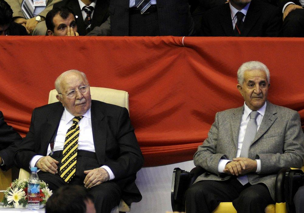 Eski Refah Partisi Genel Başkanı Ahmet Tekdal Necmettin Erbakan