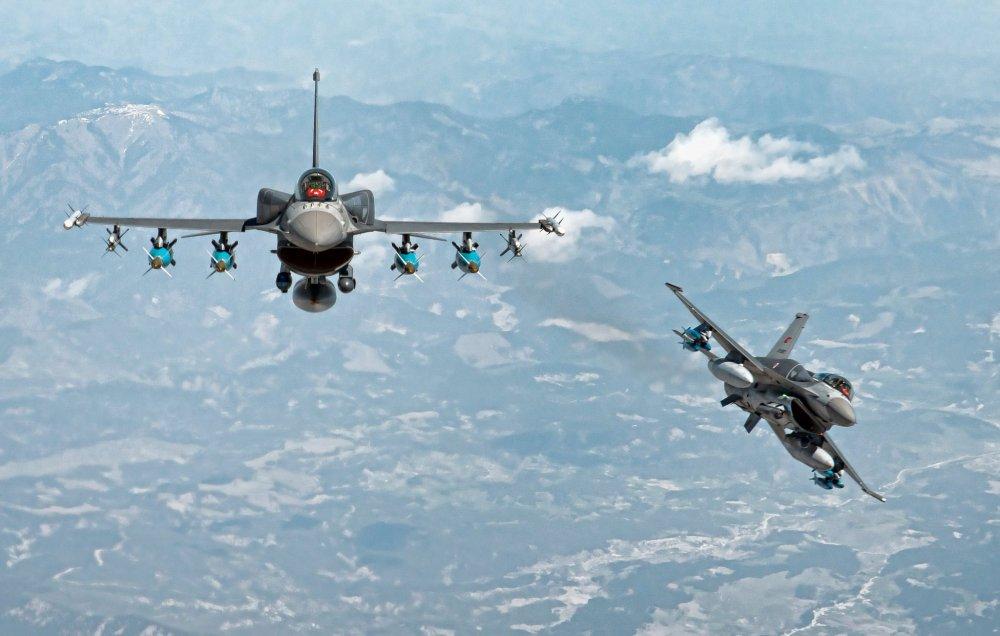 Türk F16 hava harekatı
