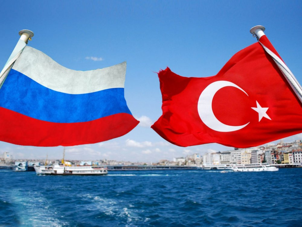 türkiye rusya bayraklar