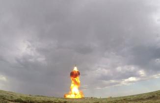 Rusya balistik füzelerini test etti