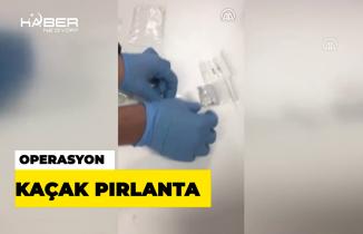 """İstanbul Havalimanında kaçak """"pırlanta"""" operasyonu"""