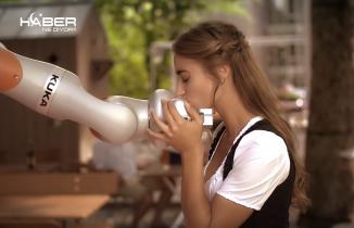 Barmen robot Paul-KUKA